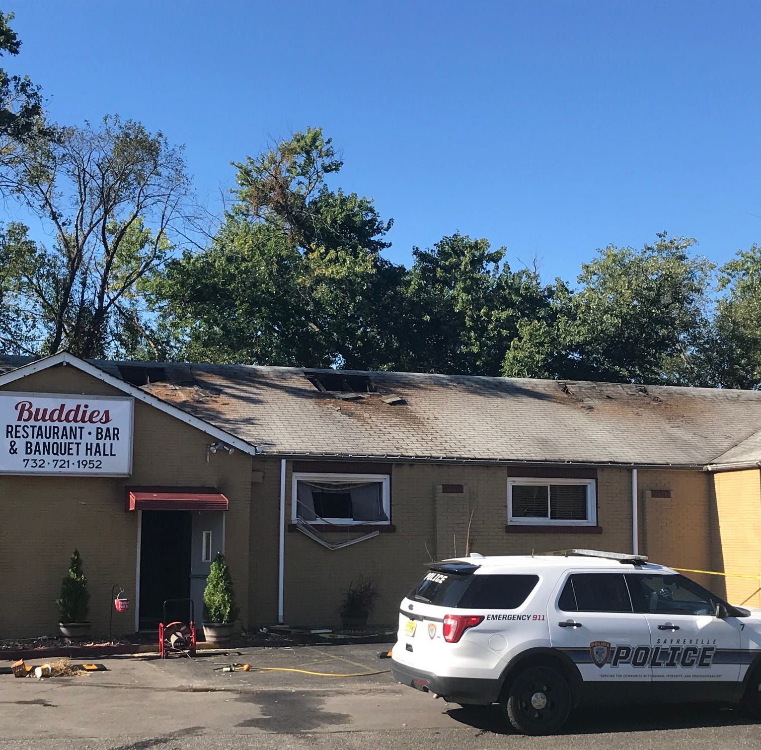 Fire damages Buddies Restaurant and Banquet Hall in Sayreville