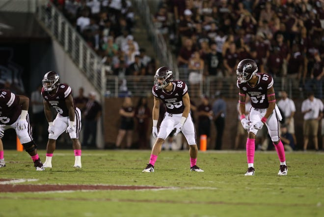 Redshirt freshman receiver Austin Williams hasn't lived up to expectations at Mississippi State this season, but he won't get caught looking in the rearview mirror.