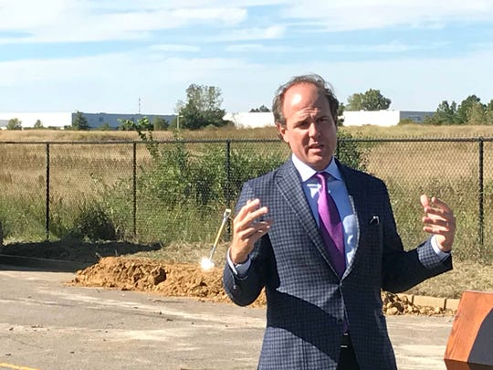 Kemp Conrad of Cushman & Wakefield Commercial Advisors talks about the Memphis Global Crossing project, which is being built at Distriplex Farmers Drive and Global Drive, eight miles east of the FedEx Express world hub.