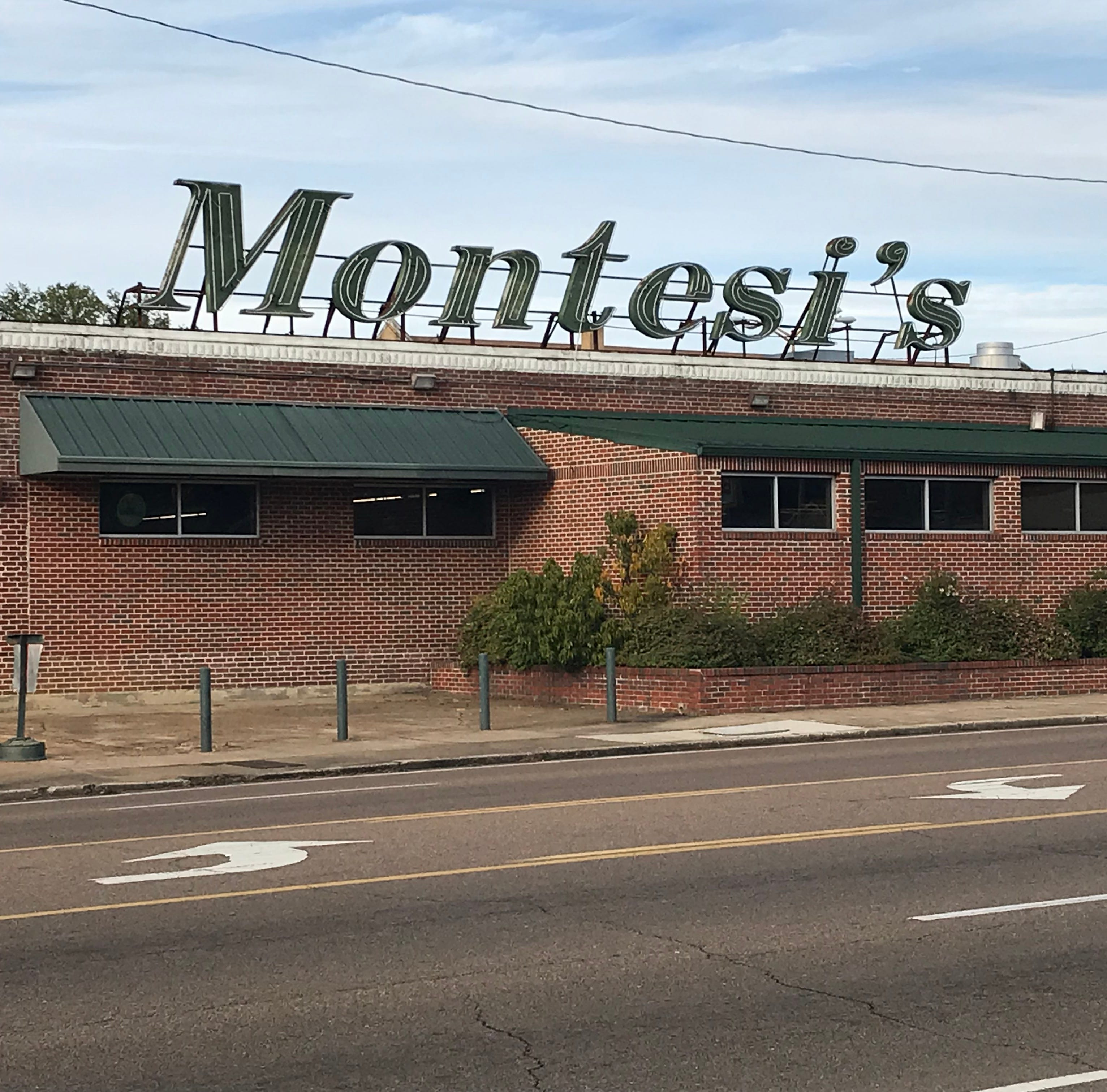 Montesi's grocery store in Memphis to close after 33 years in business