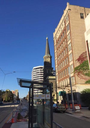 The Underwriters Exchange Building is being converted into apartments along downtown Milwaukee's new streetcar route on North Broadway.