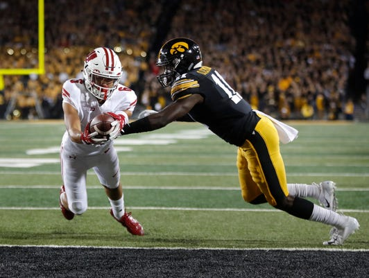 Ap Wisconsin Iowa Football