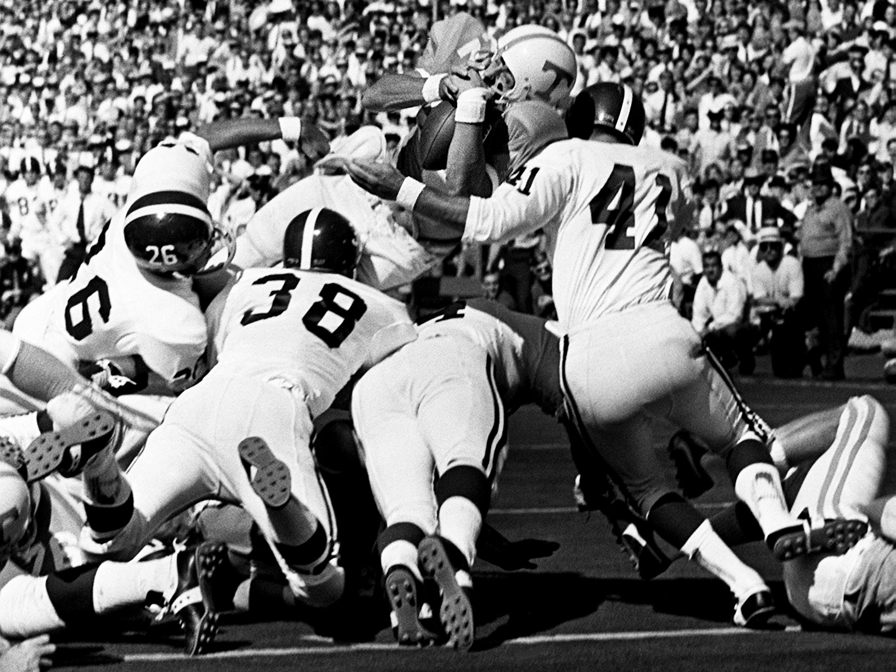 Tennessee senior back Richmond Flowers (22) attempts to dive over from the one-yard line for a touchdown against Alabama before 63,392 fans at Neyland Stadium Oct. 19, 1968.