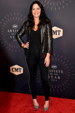 Sara Evans on the red carpet before the CMT Artists of the Year ceremony at the Schermerhorn Symphony Center in Nashville, Tenn., Wednesday, Oct. 17, 2018.