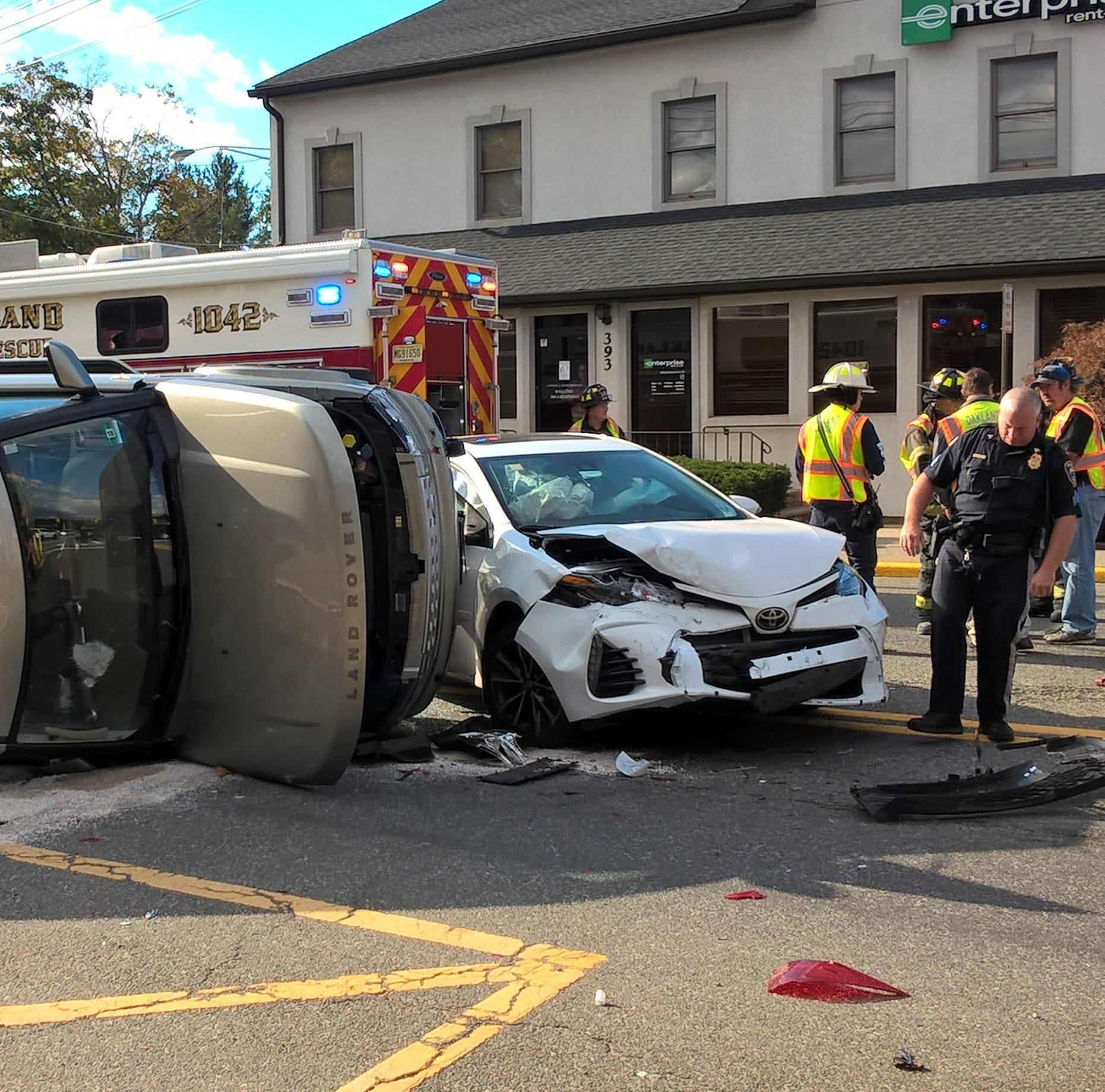 Vehicle overturns in Oakland crash