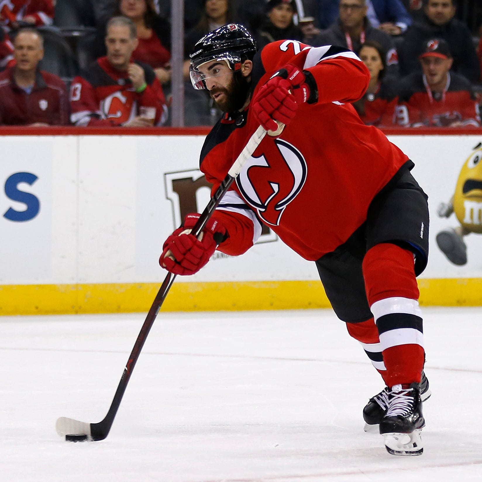 NJ Devils stay hot, win fourth straight to register best start since 1995-96
