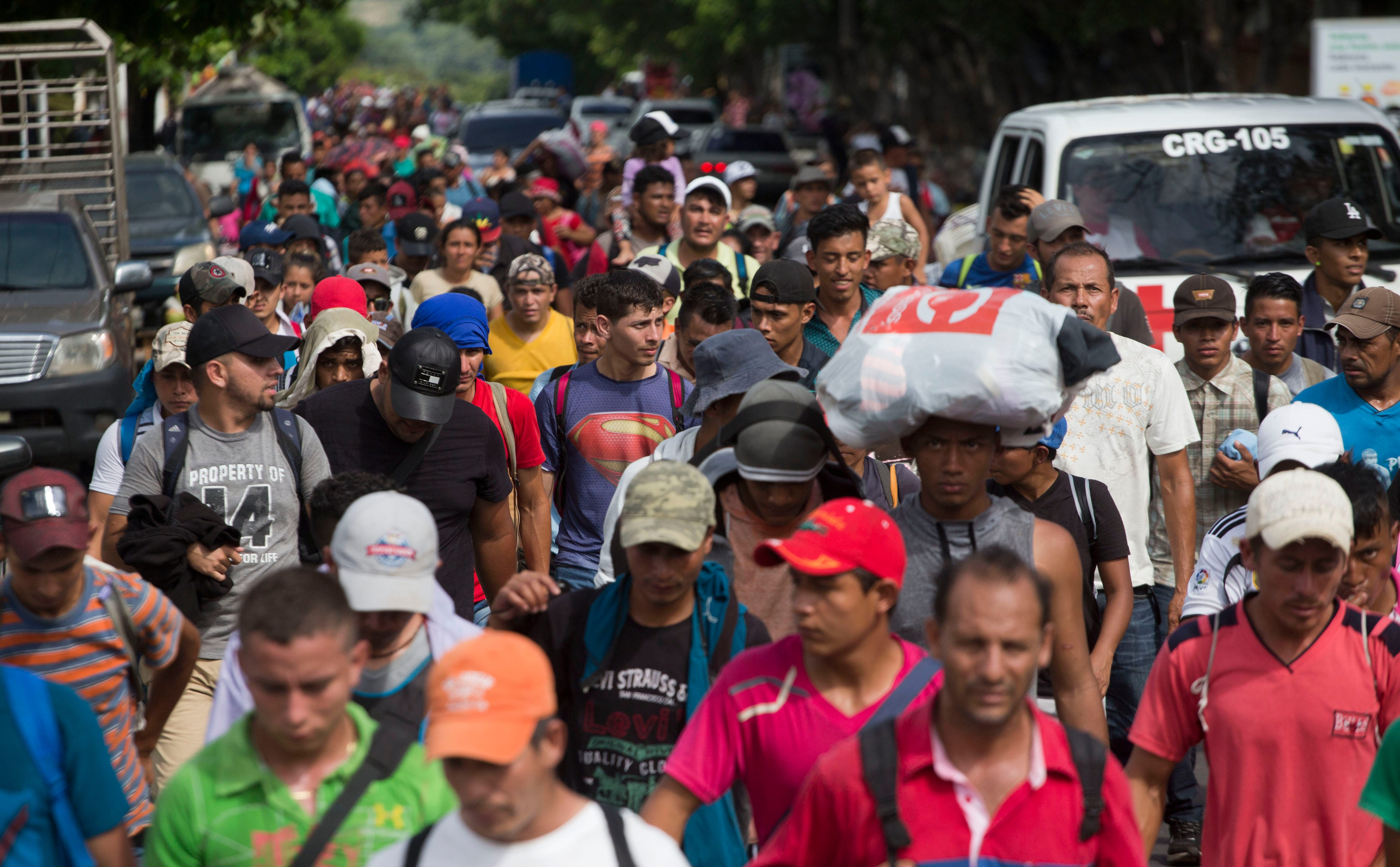 U.S., Mexico officials working together to turn away asylum seekers, lawsuit alleges