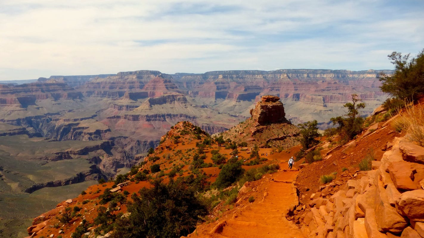 What time does the grand canyon open