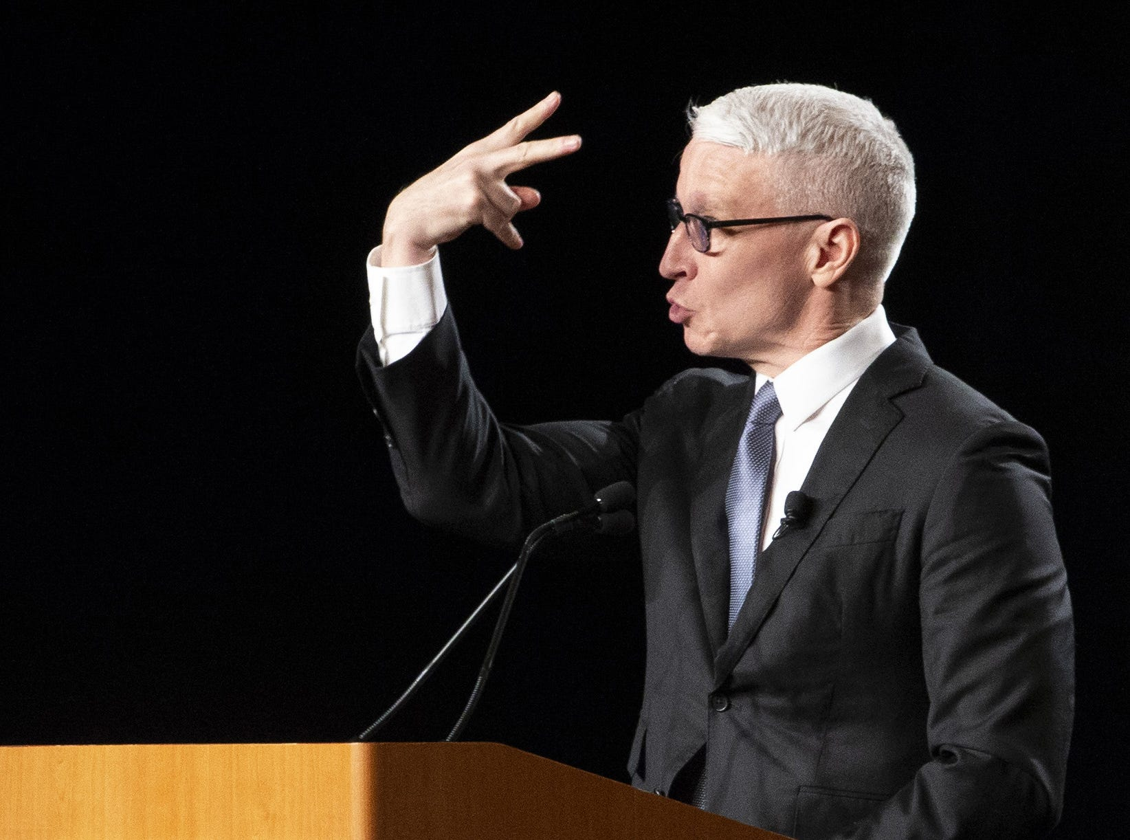 CNN anchor Anderson Cooper shares a humorous story after receiving  the annual Cronkite award for excellence in journalism during a luncheon at the Sheraton in Phoenix on October 17, 2018.