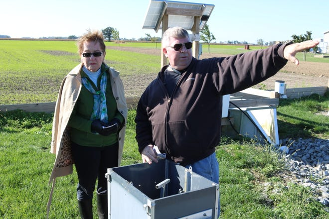 U.S. Rep. Marcy Kaptur, D-Toledo, speaks with Duane Stateler, of Stateler Family Farm, which is part of the Blanchard River Demonstration Farms Network.