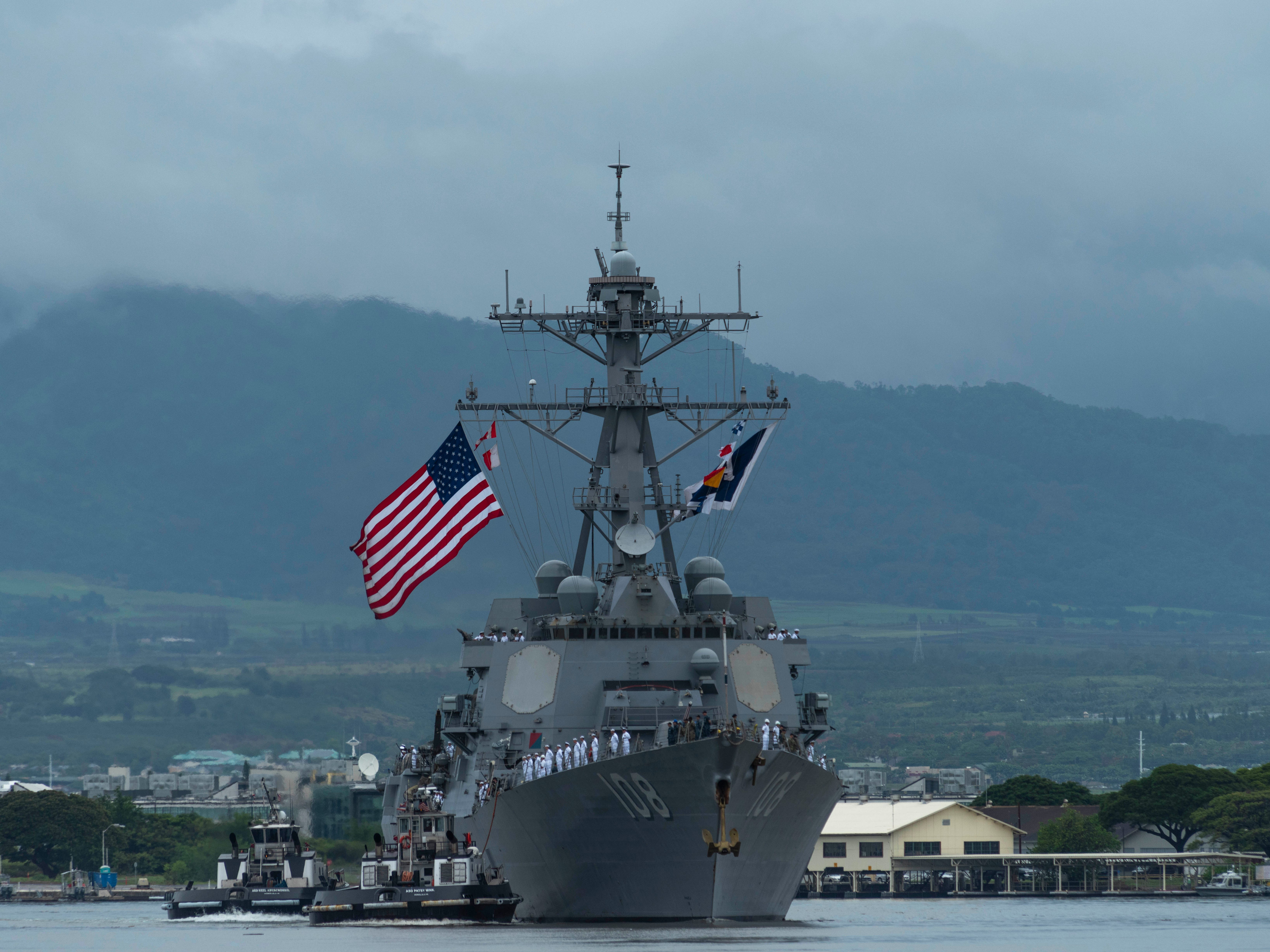 The Arleigh Burke-Class destroyer Wayne E. Meyer (DDG 108) and her crew arrives Sept. 13, 2018 at their new home port of Joint Base Pearl Harbor-Hickam.
