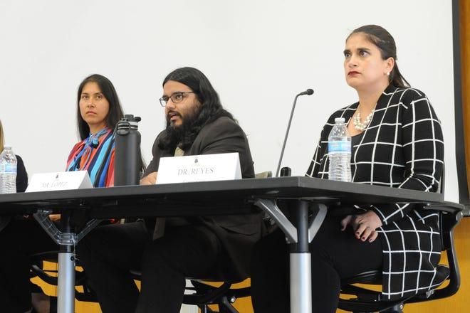 De izquierda a derecha, Hortencia Jiménez, Daniel López y Nancy Reyes comparten sus perspectivas sobre cómo apoyar a los estudiantes de Hartnell College que viven ilegalmente en el país.