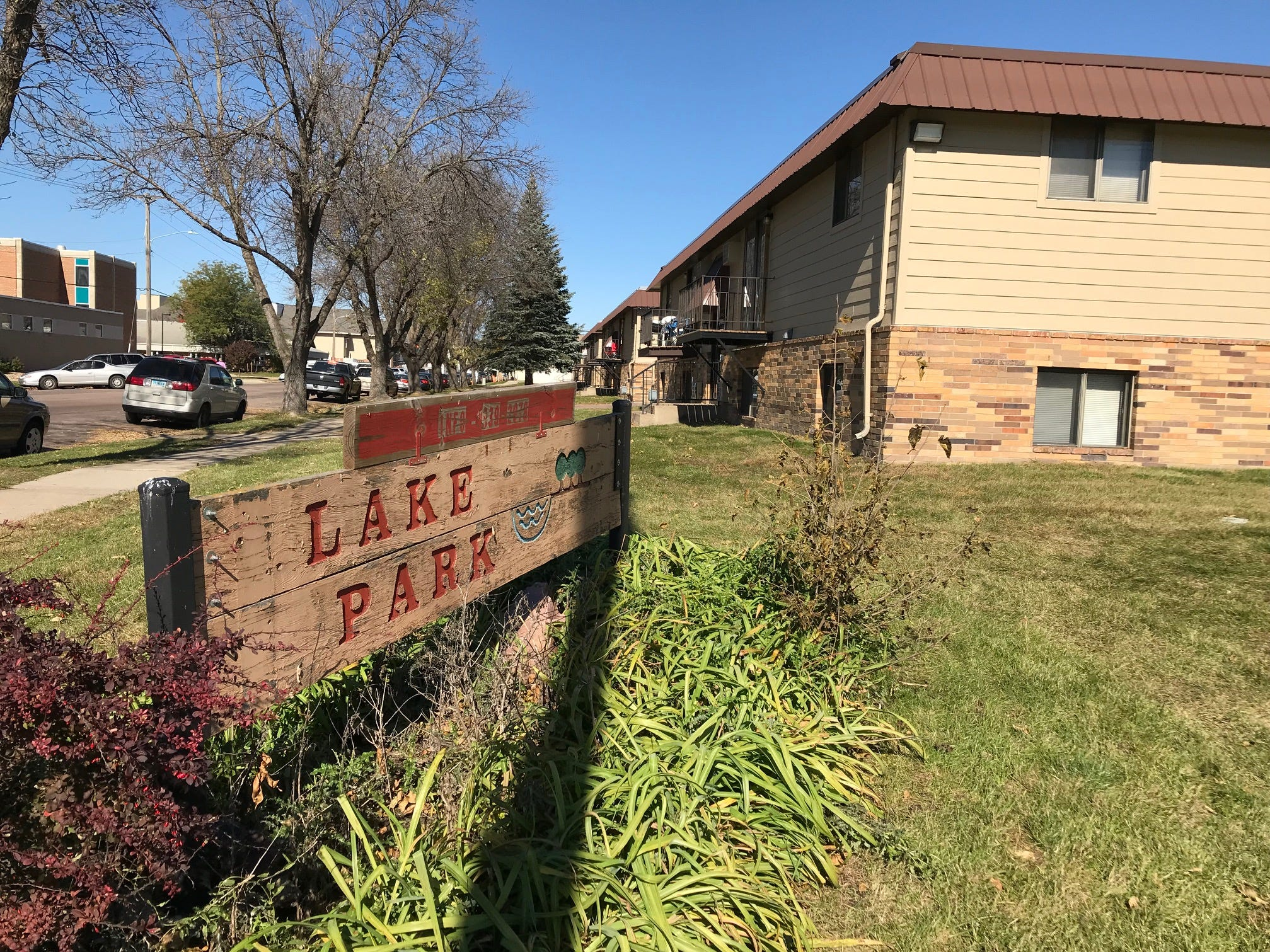 The Lake Park apartments, located in the 1000 block of North Covell Avenue in Sioux Falls, acquired by Miami-based Tzadik Management.