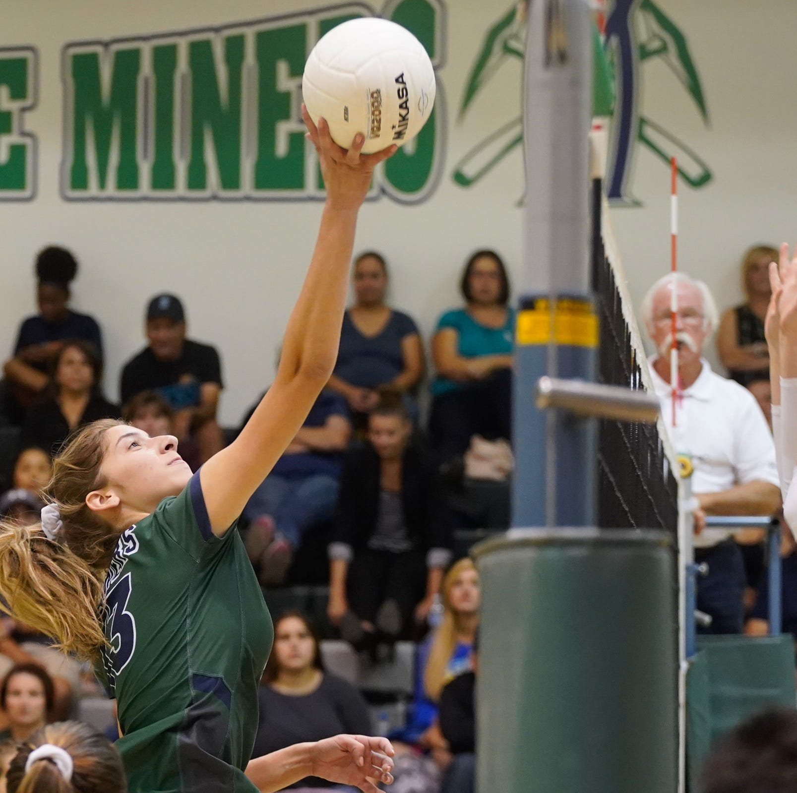 These two WYL volleyball powerhouses met Tuesday. Find out who won.