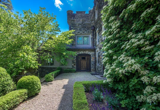Derek Jeter's Tiedemann Castle on Orange County's Greenwood Lake is for sale.