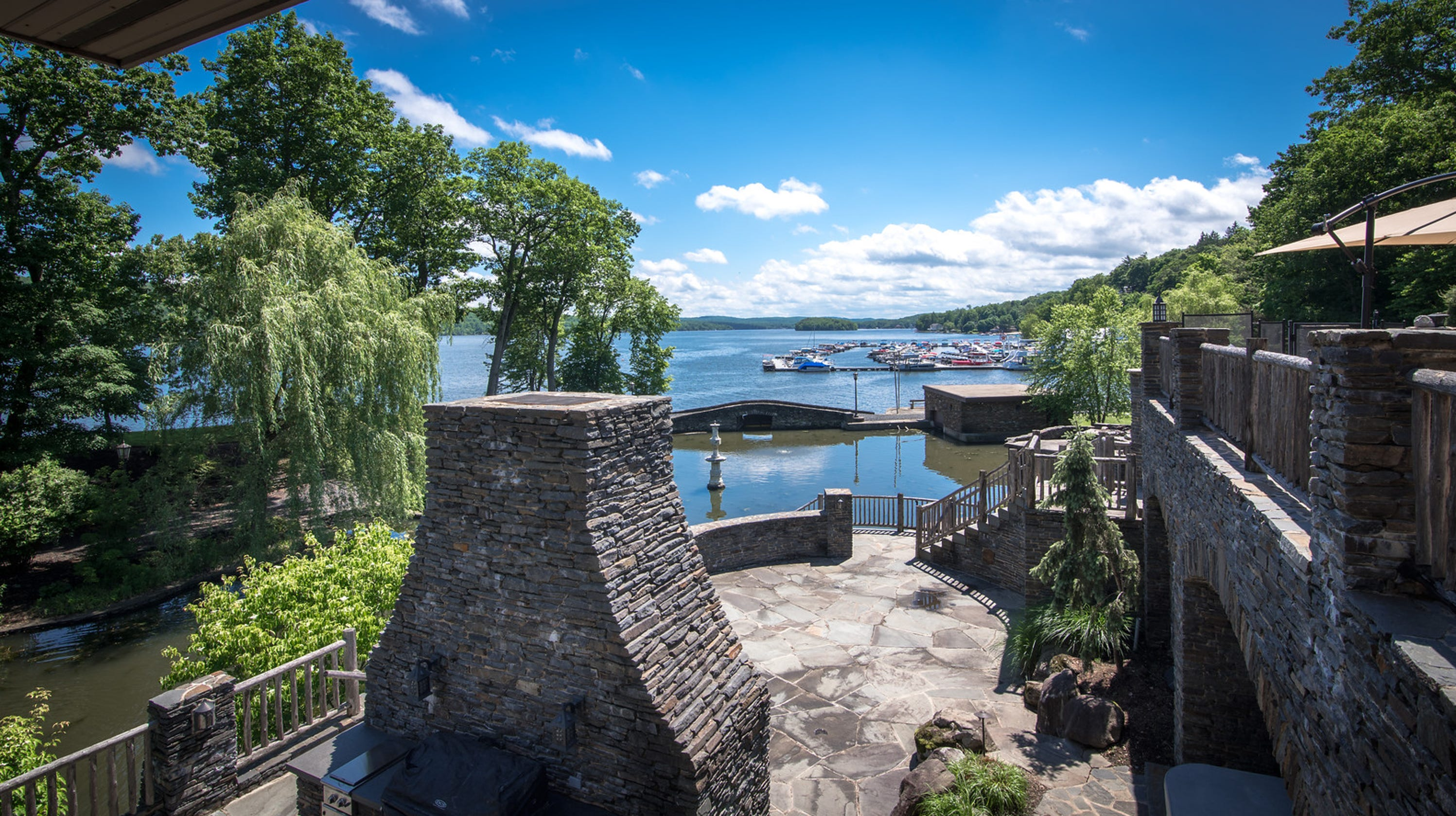 Former Yankee Great Derek Jeters Castle Can Be Yours For 1475m