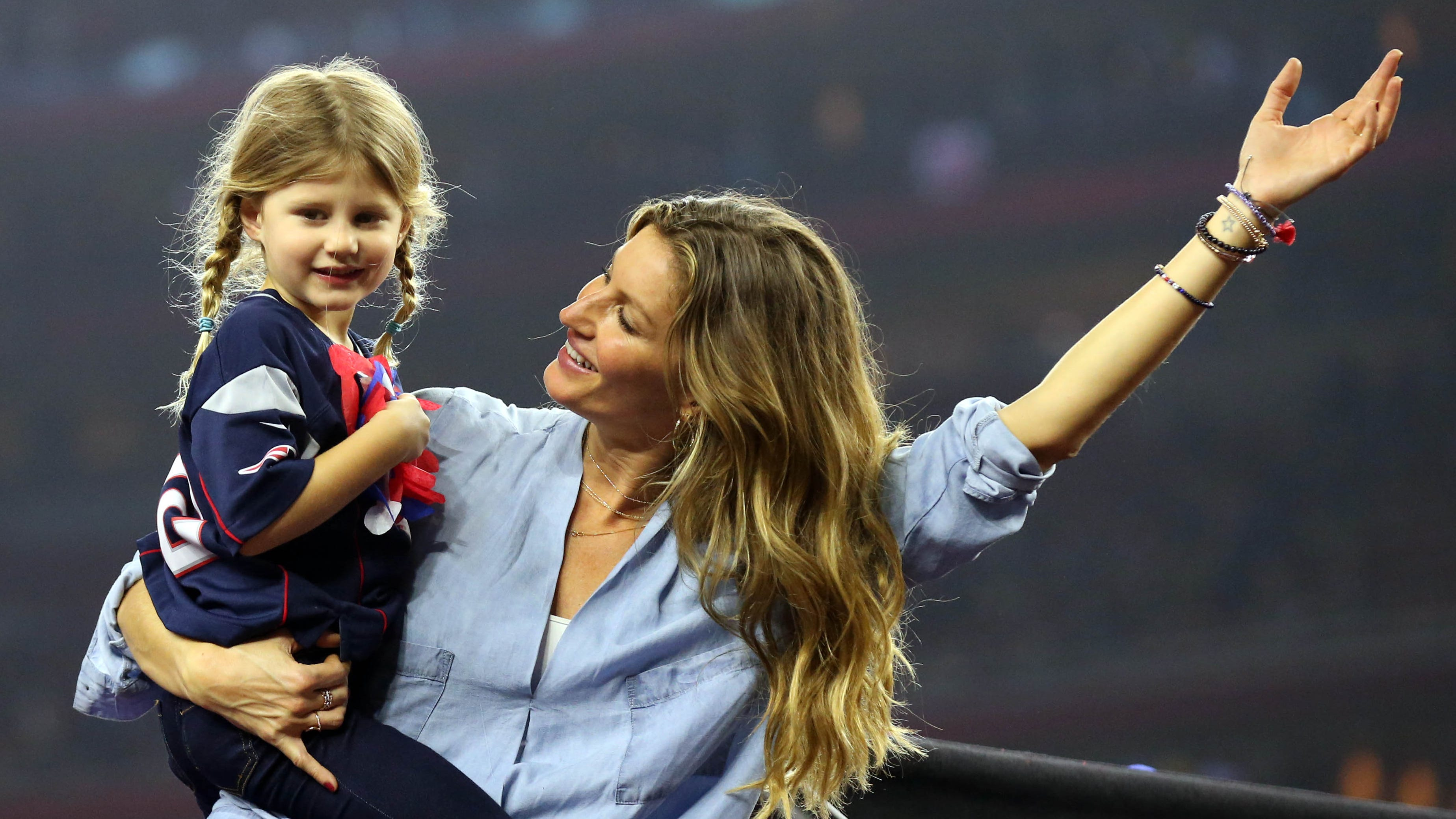 Gisele Bündchen can't hide excitement during Disney World trip with her kids