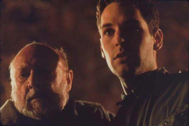 "Dr. Loomis (Donald Pleasence, left) ""Halloween: Michael Myersning la"