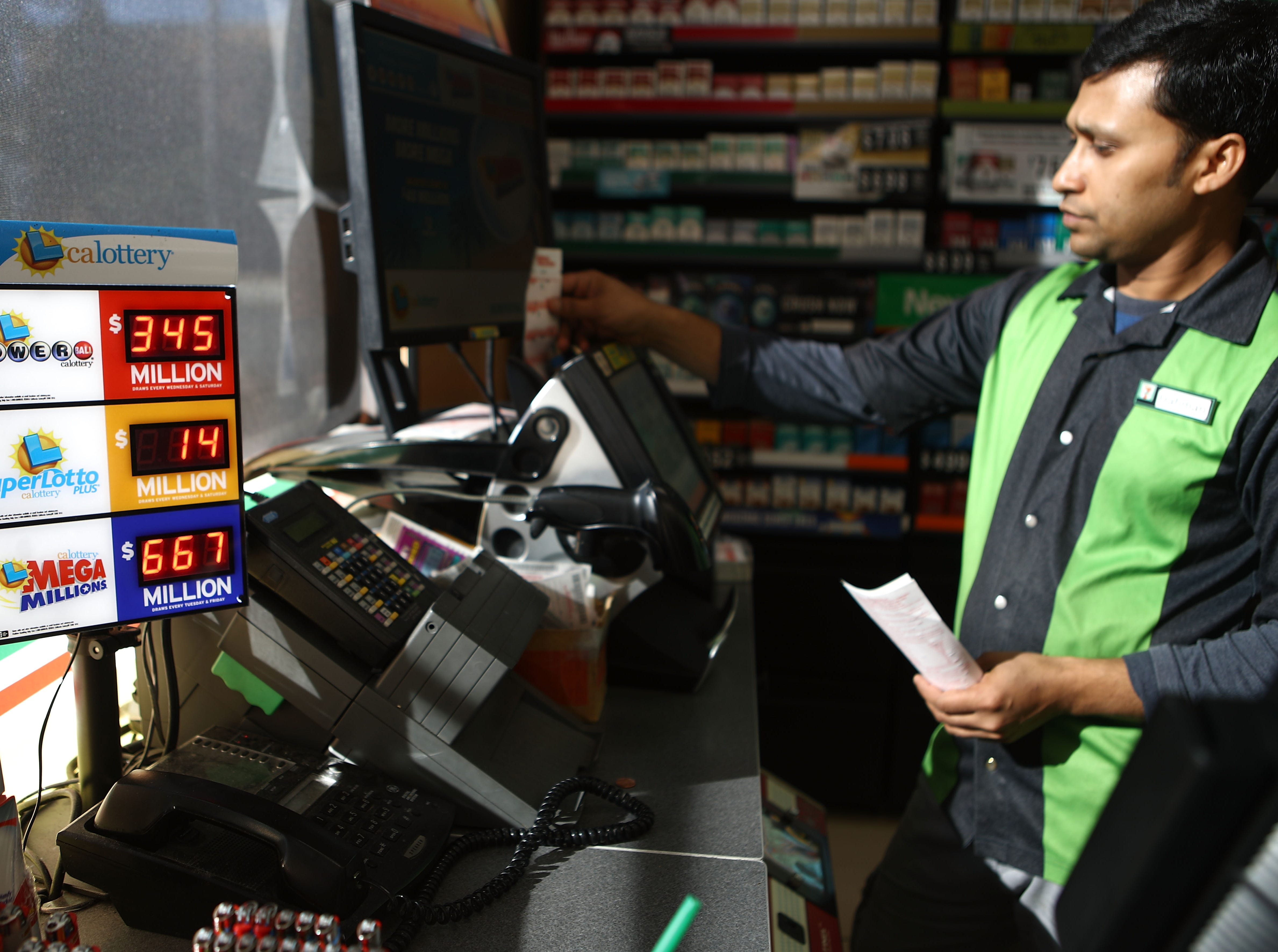 Powerball jackpot grows to $430M; Mega Millions' $900M lottery drawing set for Friday