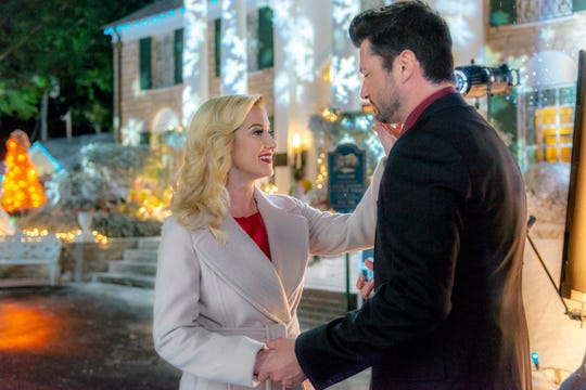 "In ""Christmas at Graceland,"" Laurel (Kellie Pickler) reunites with her old flame (Wes Brown), who reminds her of their time together as a musical duo before she left Memphis to pursue her business aspirations."