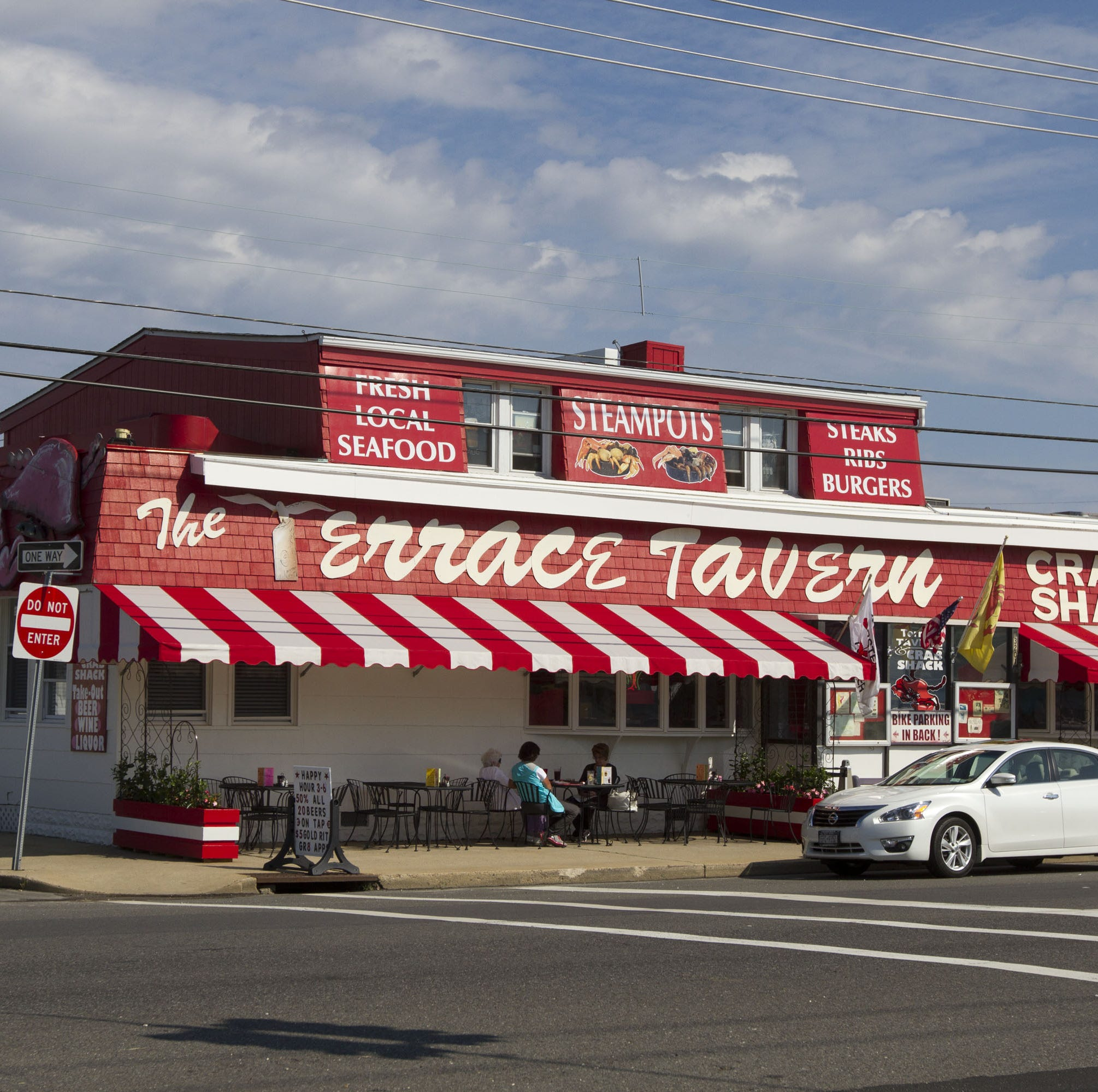Bouncer at Terrace Tavern in LBI charged in attack on man in bar