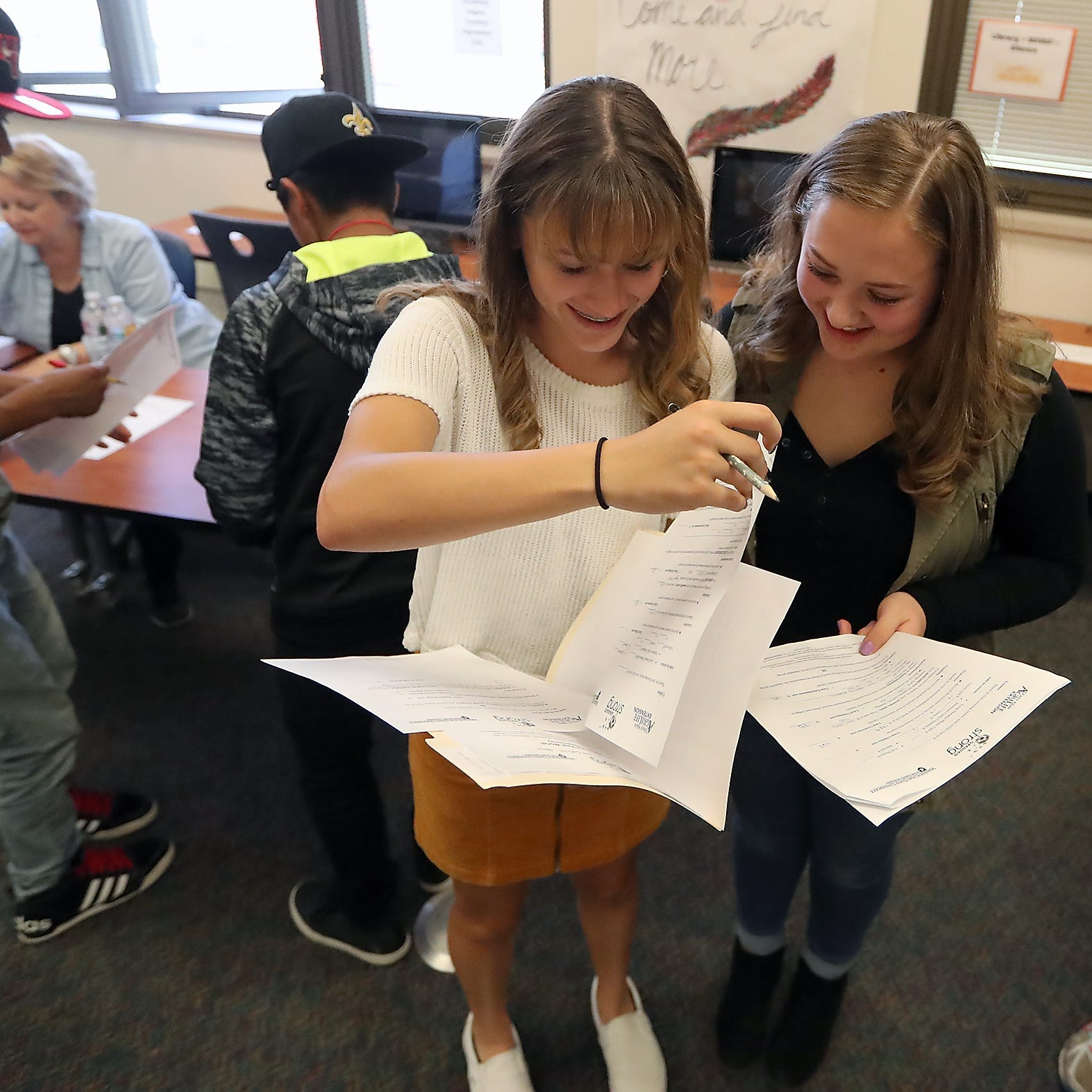 Bremerton students get a 'reality' check at career fair
