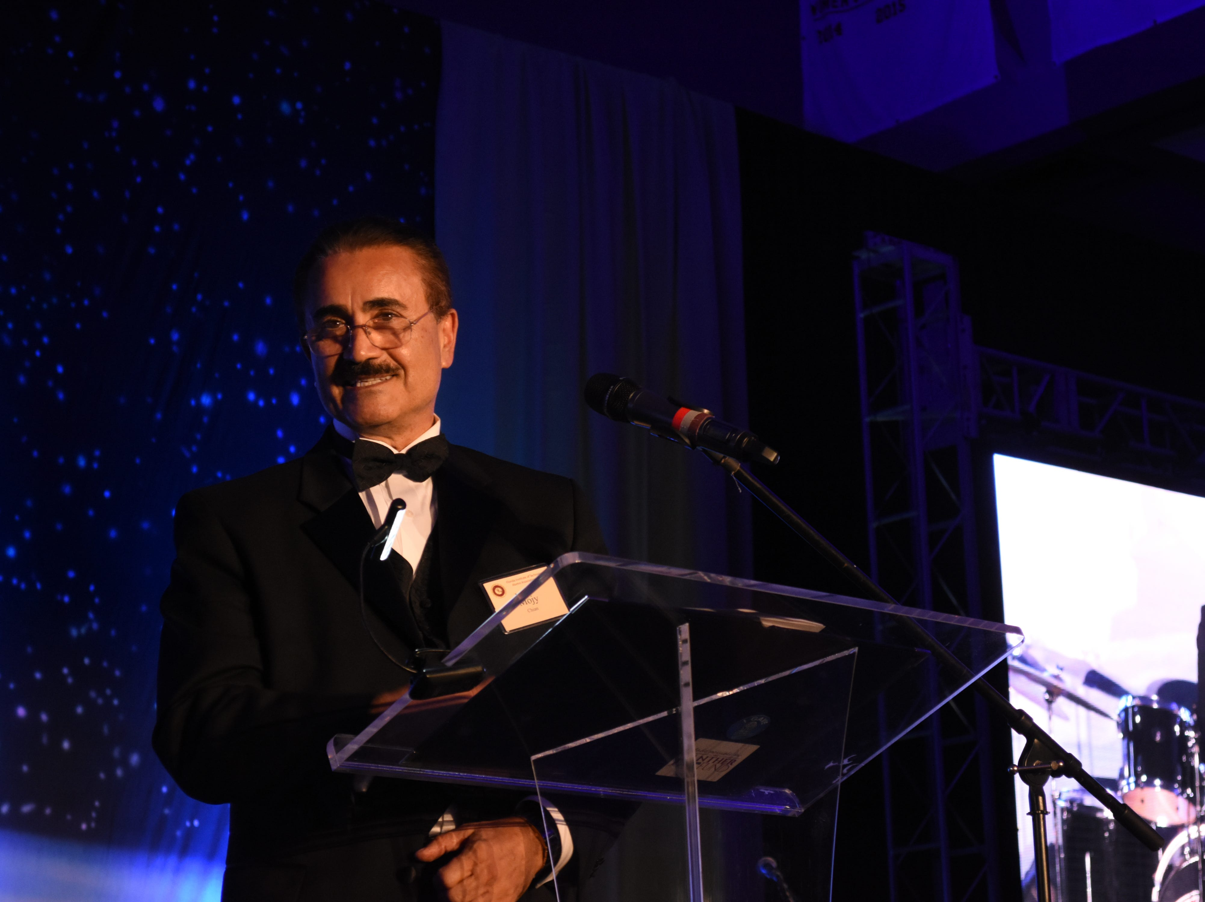 College of Engineering's Mojy Chian speaks to the crowd after receiving the Outstanding Alumni award at Florida Tech's 60th Anniversary Homecoming Gala Oct. 13, 2018, at the Clemente Center.