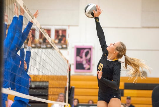 Keirsten O'Rourke returns as a defensive threat at the net, totaling 44 blocks last year.