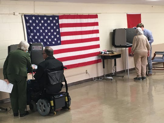 Stewart County Elections staff assists voters during early voting.