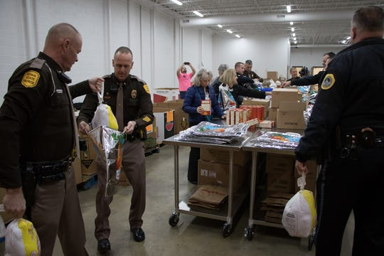 Arresting Hunger is a law enforcement-led program in which law enforcement officers raise funds to provide Thanksgiving dinner kits across Iowa. This program distributes Thanksgiving meal kits throughout all 99 Iowa counties.