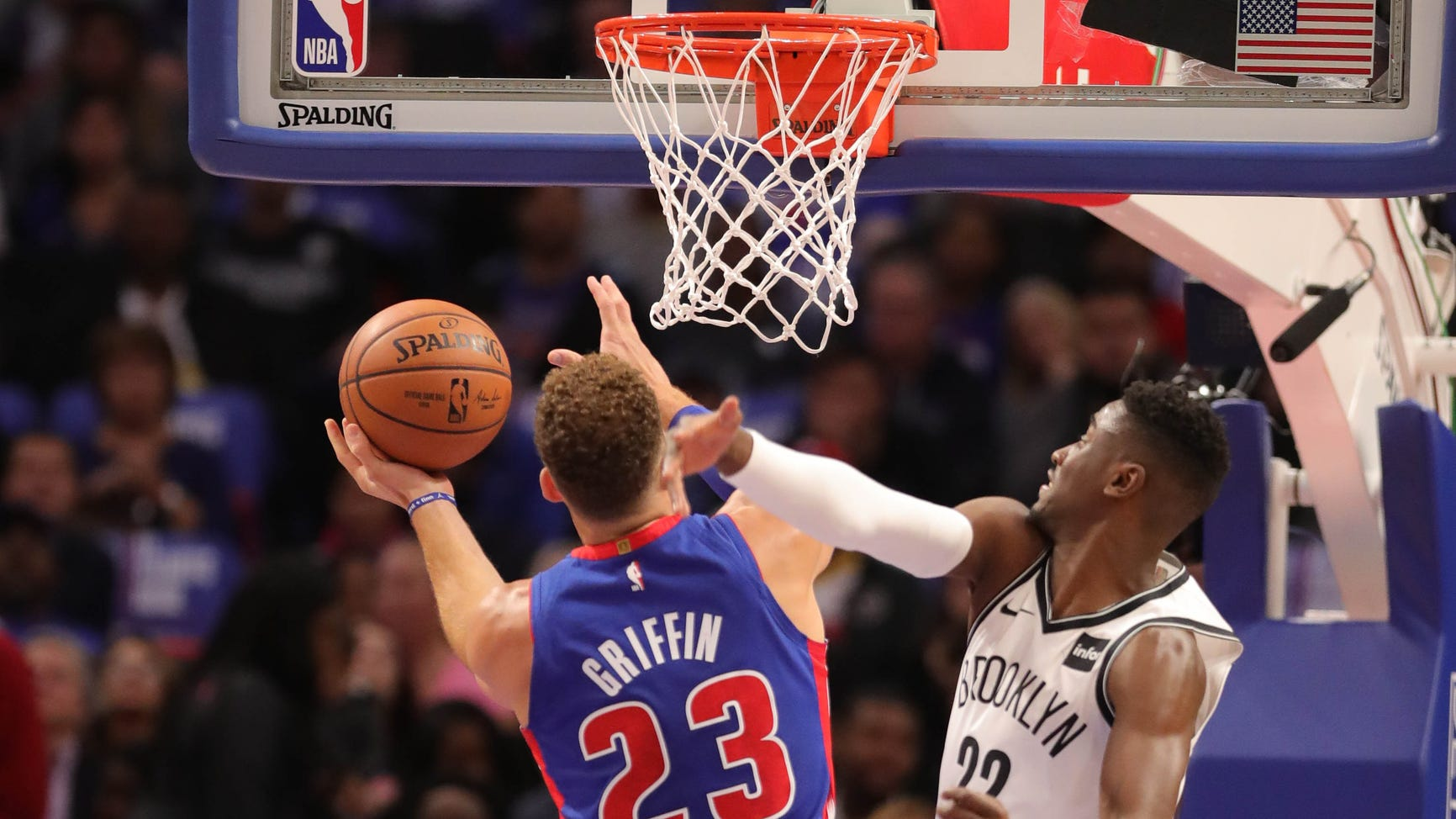Detroit Pistons master Nets behind big men Griffin, Drummond