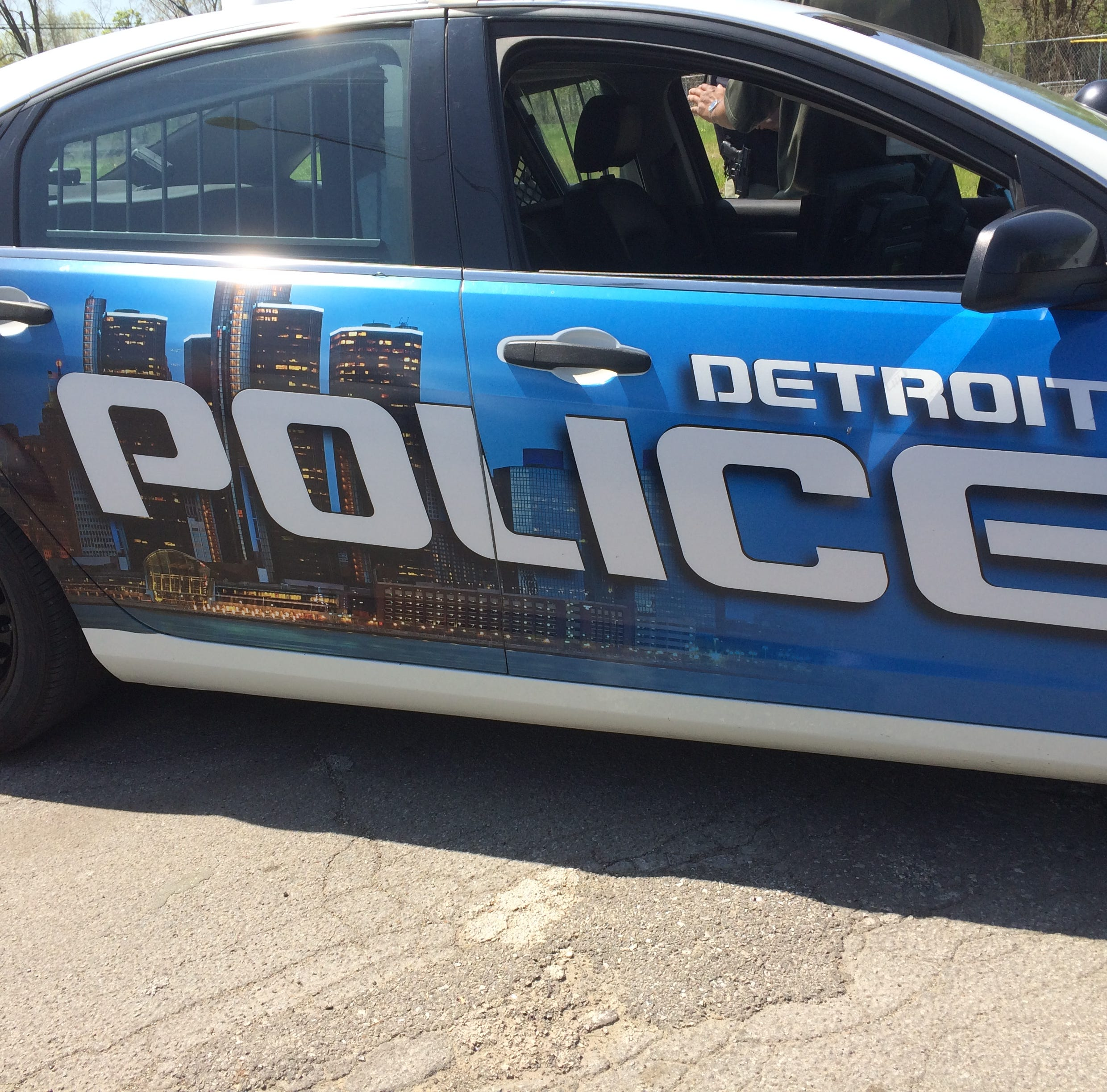 Detroit police officers to get 7% raise over 3 years