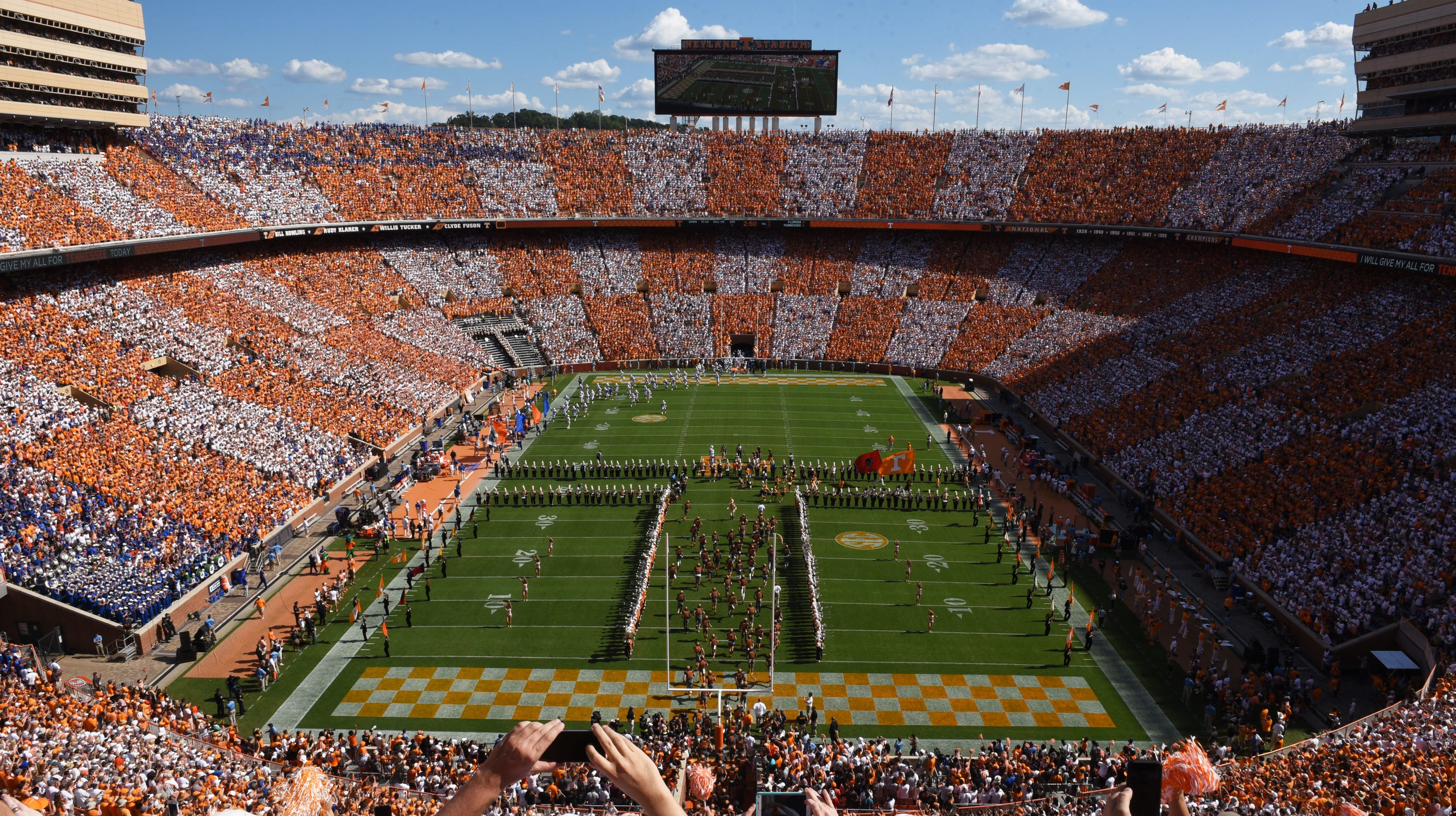 Tennessee football: Georgia fans planning to checker ...