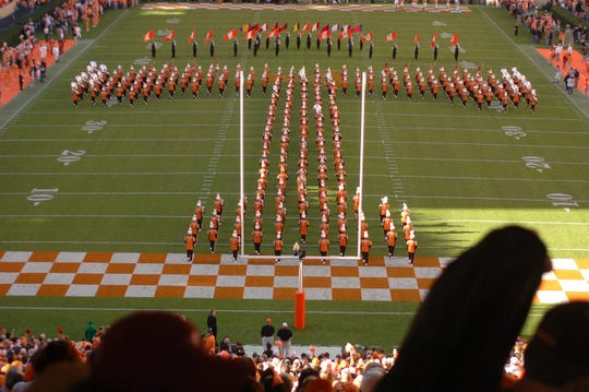 The Pride of the Southland Marching Band forms the Power T just before kick off. 2004