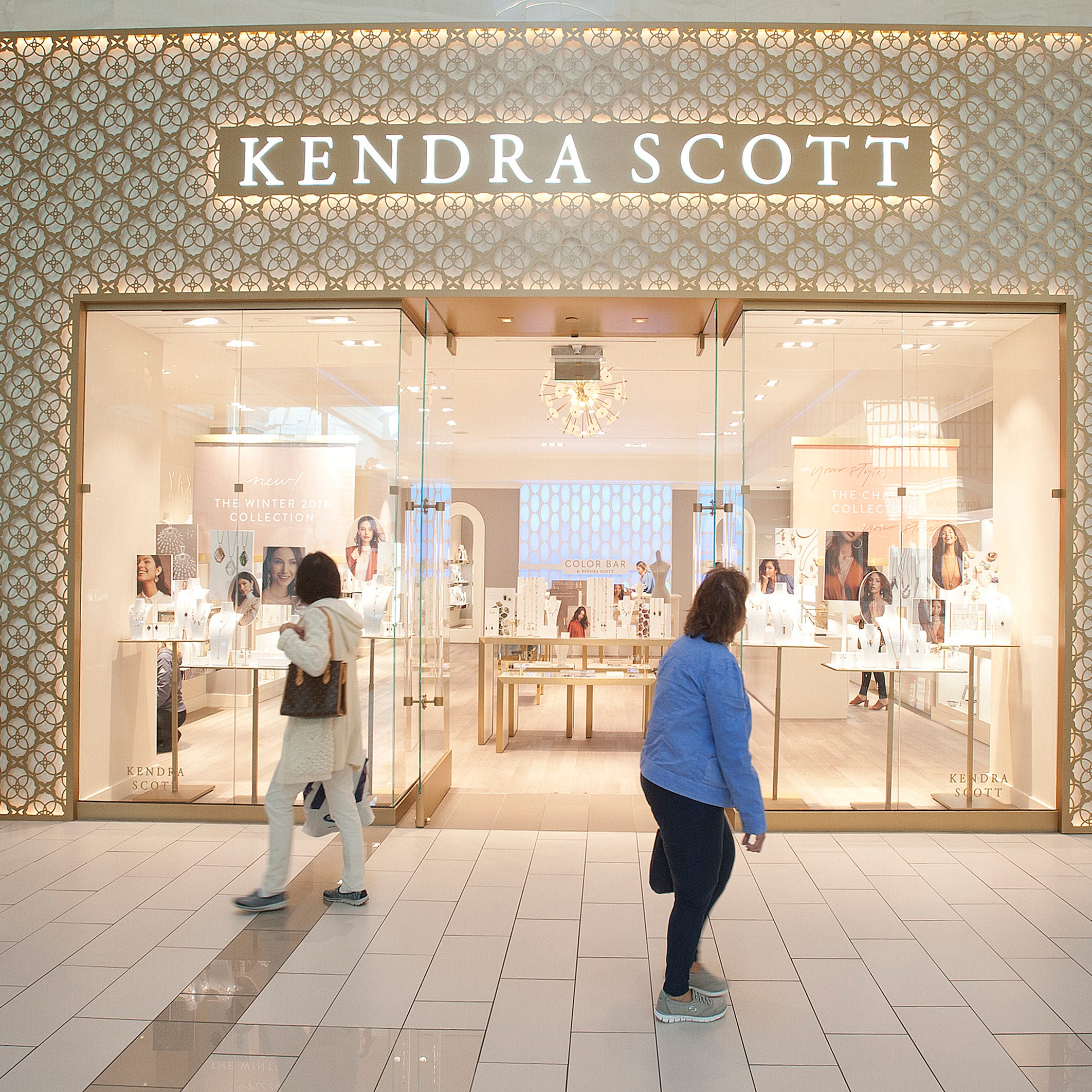 Kendra Scott jewelry is opening at Jordan Creek Town Center