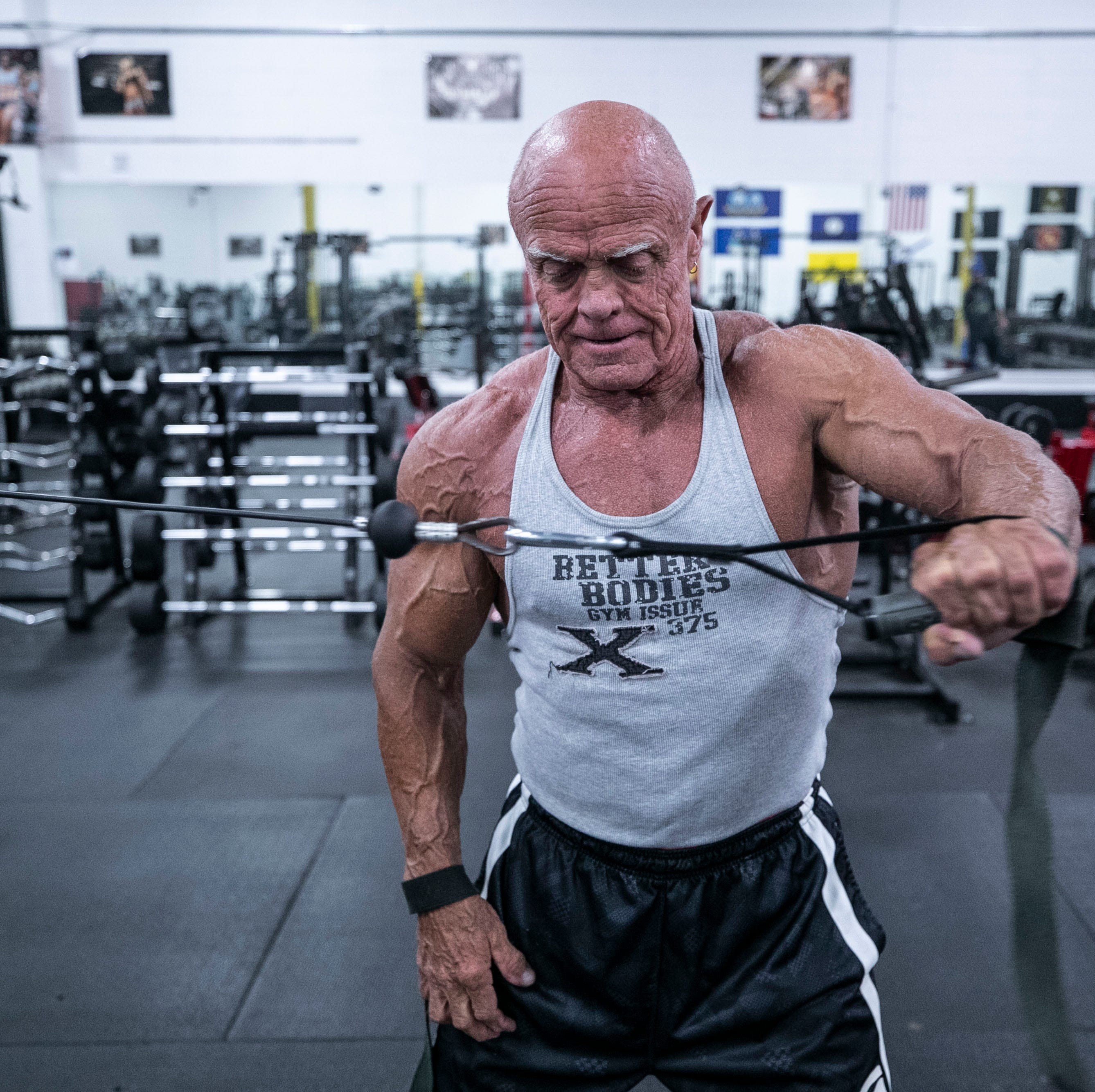 He's not 'a regular person.' Grandpa bodybuilder toned and tan at 65