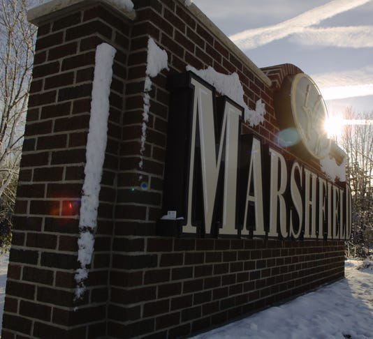 Signs Welcome Guests To Marshfield
