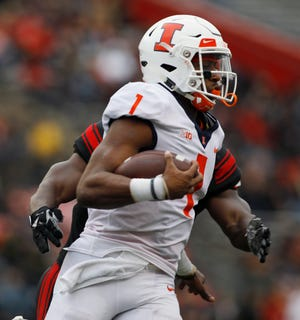 Illinois quarterback A.J. Bush Jr. has rushed for 282 yards this season.