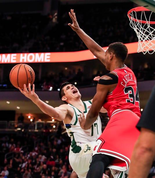 Chicago Bulls At Milwaukee Bucks