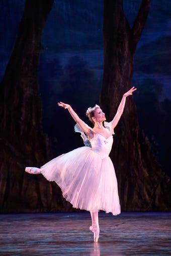 Photos Luz San Miguel Of The Milwaukee Ballet Through The Years - San miguel car show 2018