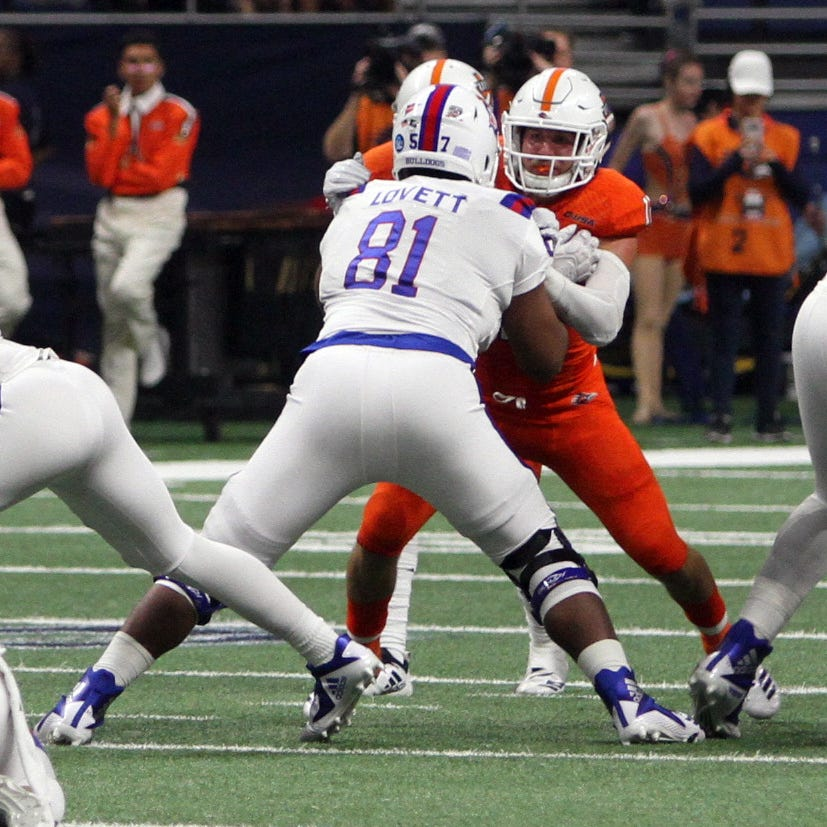 Lovett loves Y position, provides LA Tech help in run-blocking