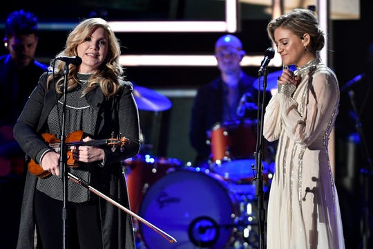 Alison Krauss and Kelsea Ballerini perform during the CMT Artists of the Year ceremony at the Schermerhorn Symphony Center in Nashville, Tenn., Wednesday, Oct. 17, 2018.