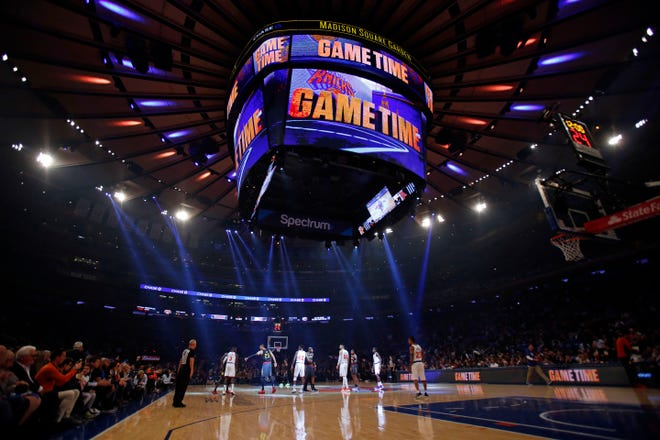 Oct 17, 2018; New York, NY, USA; The New York Knicks and the Atlanta Hawks shake hands before tip-off at Madison Square Garden.