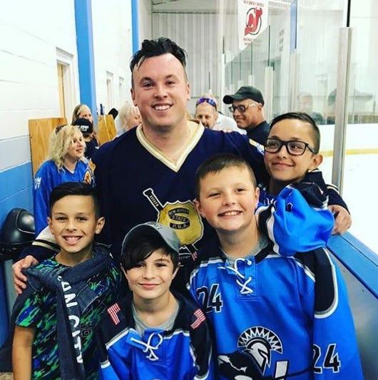 NJ PBA/FDNY hockey game set to benefit Paramus bus crash survivors
