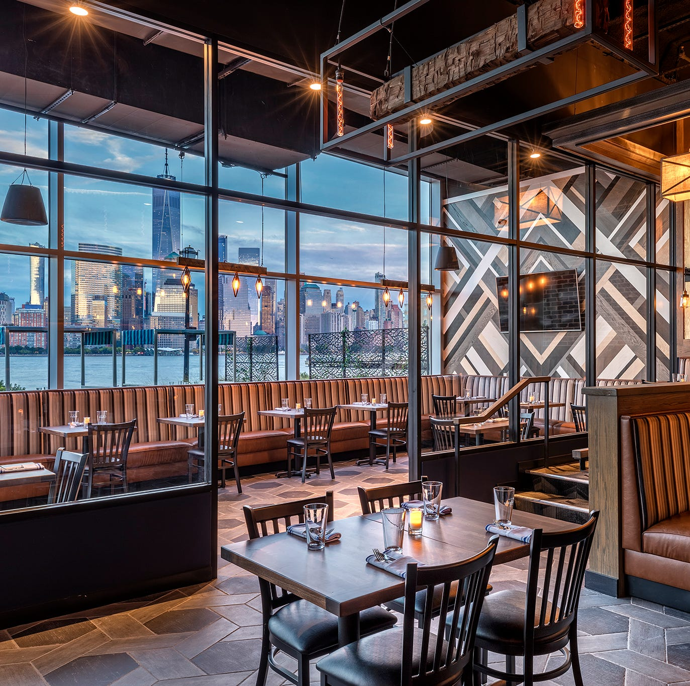 Hudson & Co., a gastropub with a Manhattan view, opening soon on Jersey City waterfront