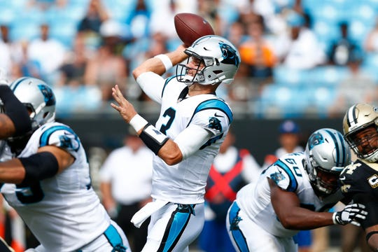 Carolina Panthers quarterback Derek Anderson (3) passes the ball last year against the New Orleans Saints.