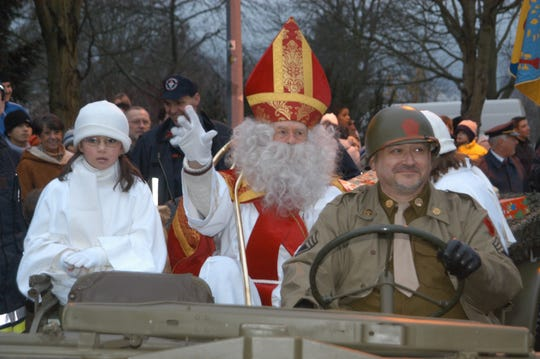 Richard Brookins in the 2004 parade in Wiltz.