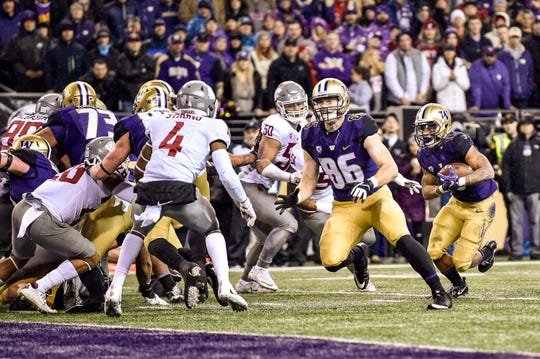 Sophomore tight end Jacob Kizer (No. 86) has played in every game this season for the Huskies.