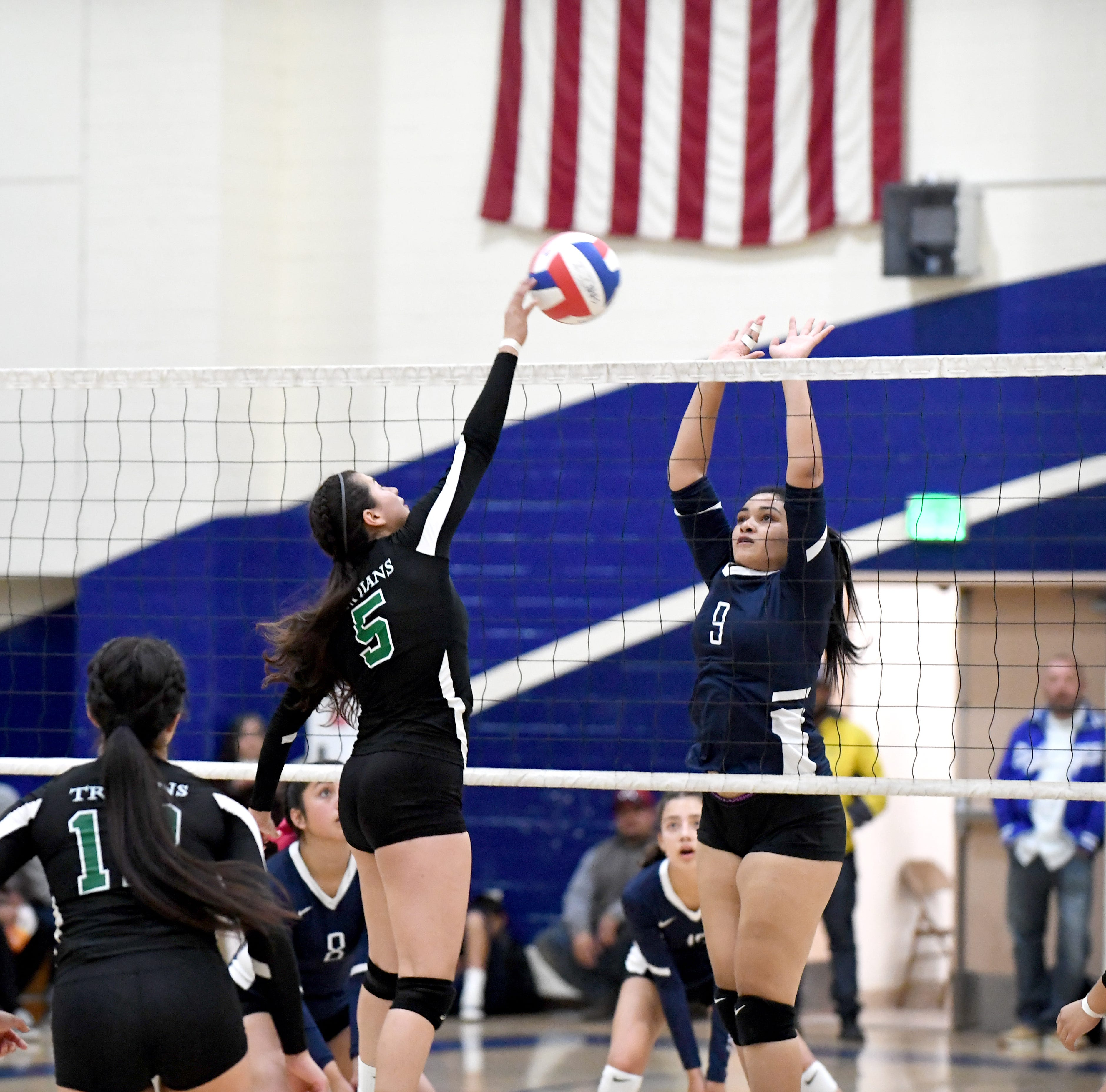 PHOTOS Everett Alvarez vs Alisal Volleyball