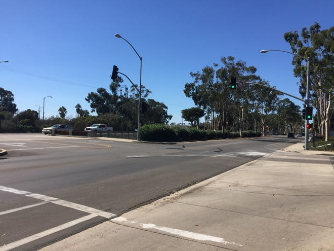 A traffic light in the 600 block of West Channel Islands Boulevard in Port Hueneme was the scene of a fatal collision Thursday night.